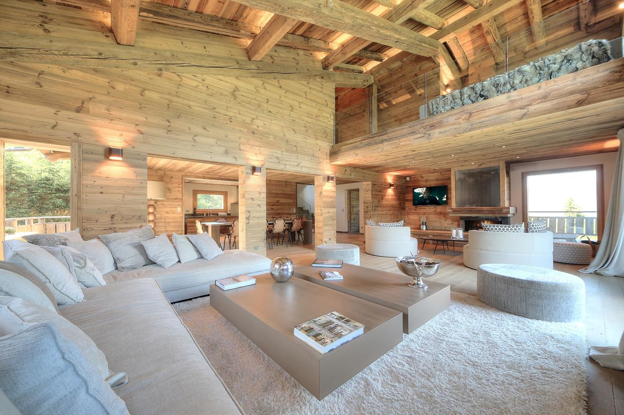 See details MEGEVE Villa 9 rooms (3337 sq ft), 5 bedrooms
